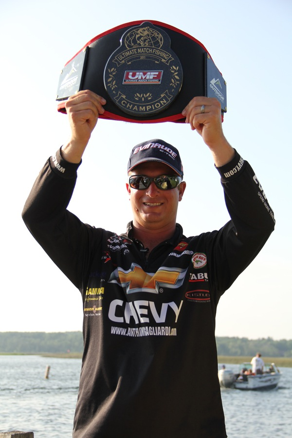 Anthony gagliardi wins the 2011 umf championship on for Ultimate match fishing